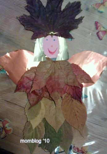 Weihnachtsengel Aus Getrockneten Blättern Basteln